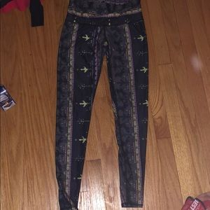 Used Teeki leggings
